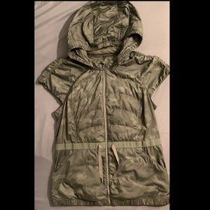Lululemon Camo Green Puffy Vest